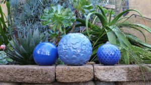 mission-hills-garden-blue-ceramic-spheres