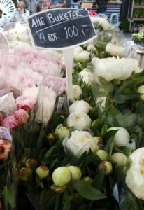Copenhagen - The Market - Pink & White Flower Bouquets