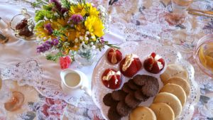 Plate Flower - Tea Luncheon Dessert